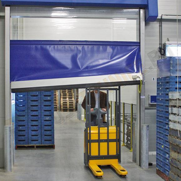 Usa rapida de interior din PVC cu ferestre vulcanizate