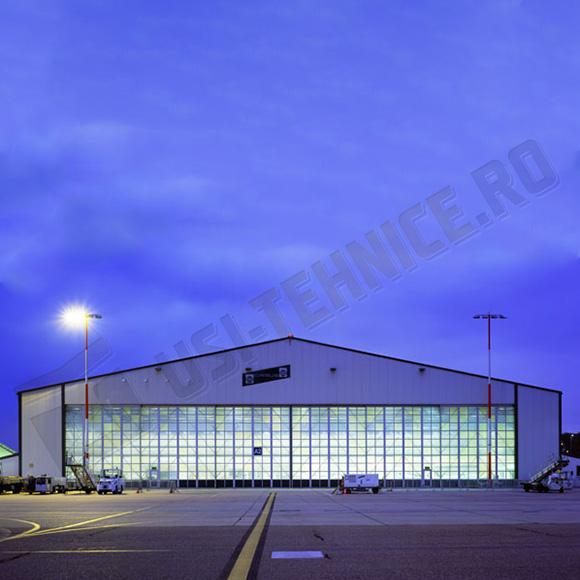 Usi de hangar vitrate